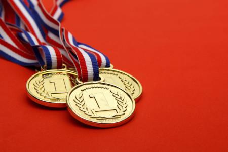 Классические медали из металла
