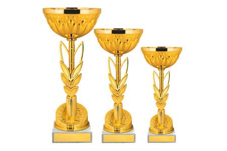 Кубок золотого цвета в форме колоса