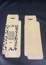 принт на коробочках для чехлов