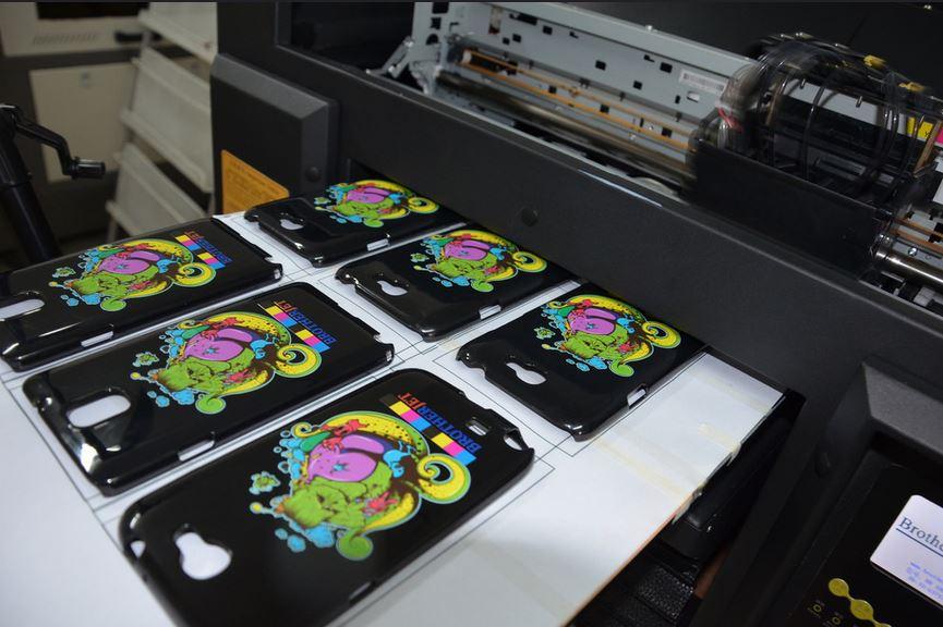 печать чехлов на уф-принтере