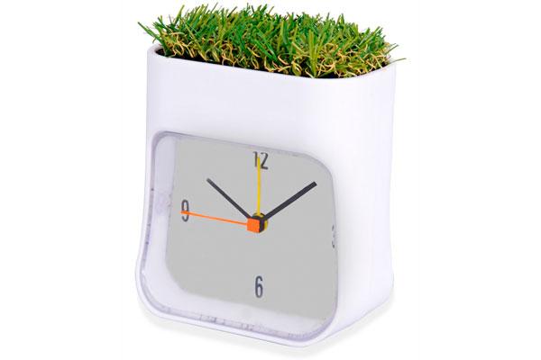 Часы настольные Grass