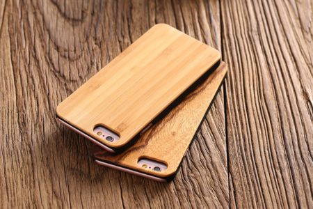 Деревянные чехлы для телефонов ( гравировка / уф печать / шелкография )