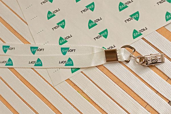 ленты с печатью логотипа шелкотрафаретным термотрансфером