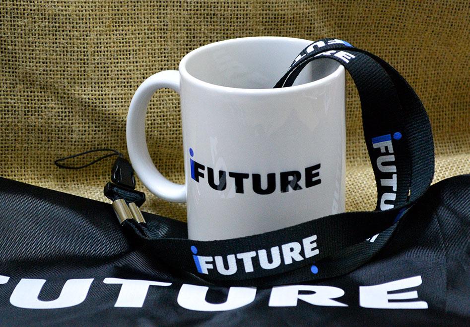 Корпоративные сувениры и ланьярды для iFUTURE