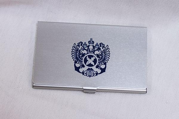визитница с логотипом